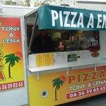 CAMION PIZZA TONY LENA baillargues