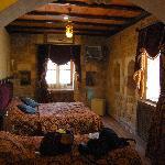 Interior of room (Artuklu Kervansaray)
