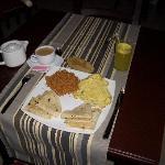Maldivian breakfast, omelet with masuni and roshi -- YUM!