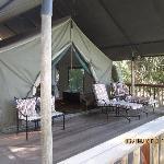 Mitten in der Wildnis stand unser Zelt