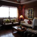 Jacuzzi Suite lounge