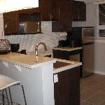 Sandman Kelowna Tower - Kitchen Suite but no stove