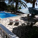 Aussicht vom Appartement El Hierro auf den Pool