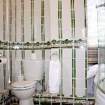 Studio Flat Bathroom