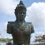 statue of Hindu god Wisnu