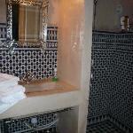 Salle de bain  de la suite Koukba