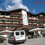 l'esterno dell hotel