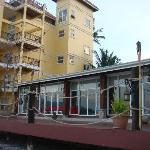 pavillion / lakefront rooms