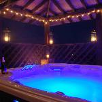 Fantastic Hot Tub  'After Dark'