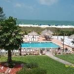 Foto de Howard Johnson Resort Hotel - St. Pete Beach