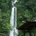 gitgit waterfalls