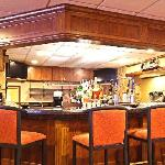 Fine spirits & delicious food awaits you in our lounge