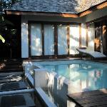 Spill over plunge pool