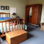 Huge spacious double room