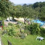 Pool und ein Stück vom herrlichen Garten