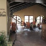 Las Velas Restaurant (25957845)