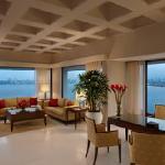 Kohinoor Suite Living Room