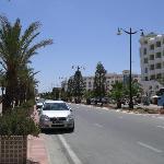Em frente do hotel
