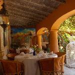 El patio y el restaurant