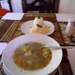 Sopa de quinoa and pure de tarwi