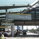 Schiphol NH Shuttle Stop