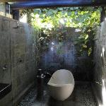 The Balinese bathroom