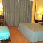 Habitación amplia y limpisima 2