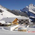 Winterurlaub in Warth am Arlberg im Sporthotel Steffisalp