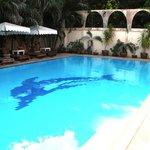 good pool area, 1.4 - 1.7m deep!