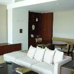 Junior suite lounge 1.