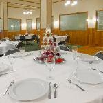 Banquet and meeting room for receptions,corporate meetings, birthdays