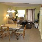 Dining Room/Living Room #408