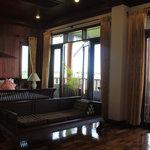 셍타완 리버사이드 호텔