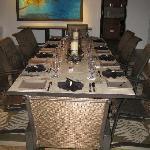 Villa Dinning