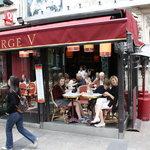 صورة فوتوغرافية لـ Cafe George V