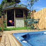 McAuley Glen spa pool