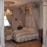 Master bedroom/chambre des maitres