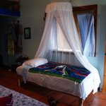 The small bed in Bungalow Azul