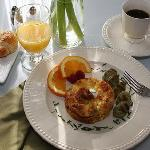Enjoy a delicious breakfast every morning at Arbor Guest House Napa Inn