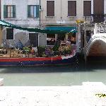 View across Ponte Dei Pugni
