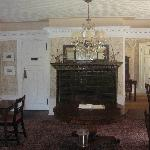 Dining room with interesting glazed mantle