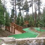 18 hole mini golf