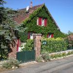 Les jardins d'Hélène côté rue Claude Monet
