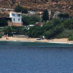 Photo de Levrossos Beach Apartments