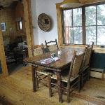 Breakfast area (upstairs)