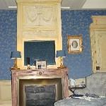 une partie de la chambre bleu