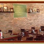 Fratelli Village Pizzeria (interior)