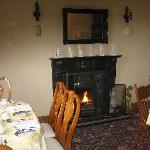 Breakfast room with fire place
