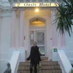 Foto de The Oasis Hotel
