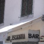 awning blocks restaurant name